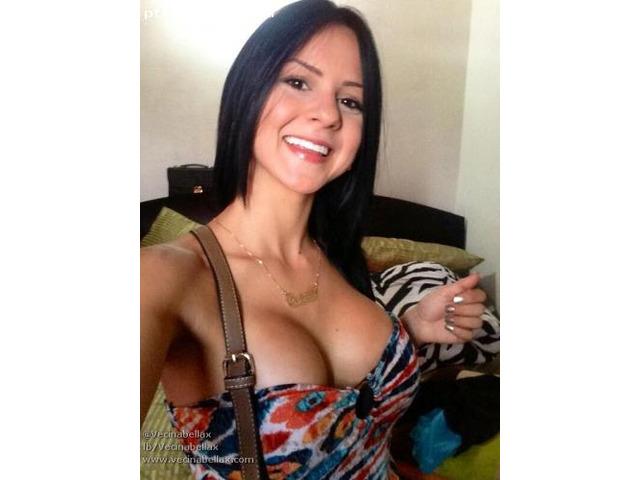 Oi Manuela sou uma garota de grande beleza e sensualidade - 1